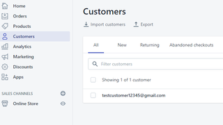 Customer automatically added when email box is filled