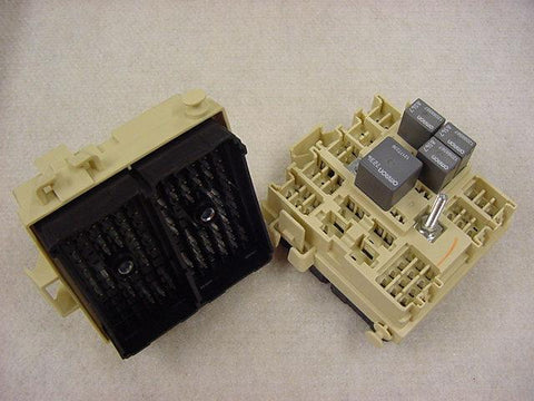 GMC RELAY PANEL CONNECTOR