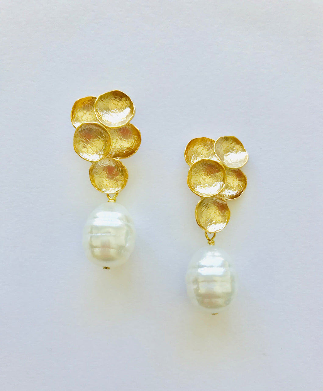 Cluster | Pearl Earrings