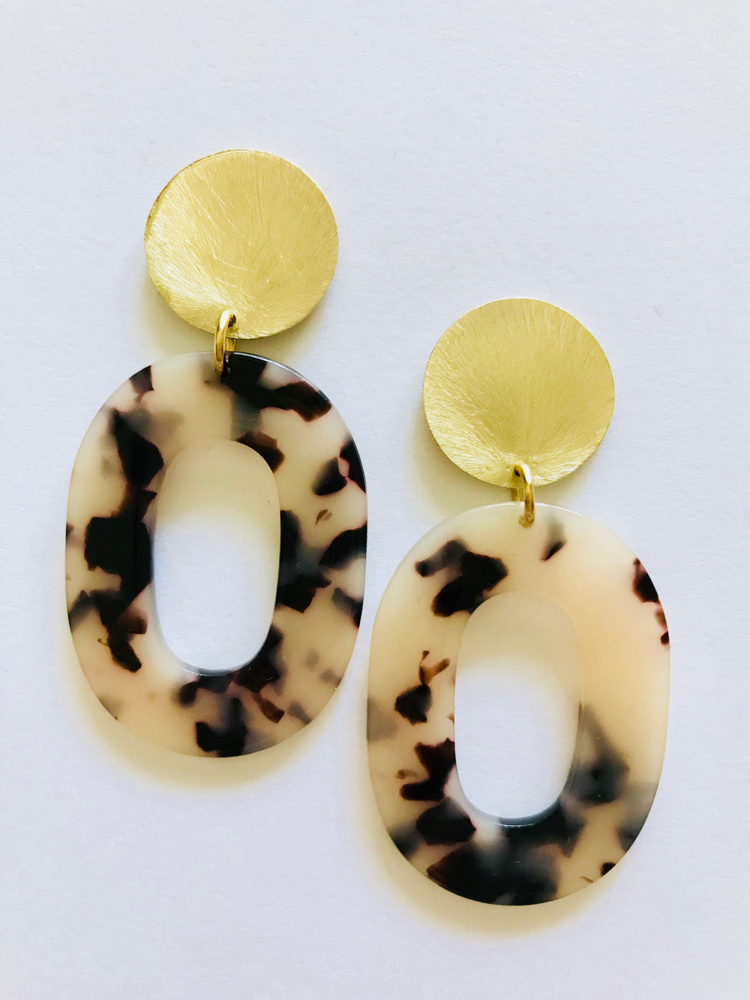 Tortoise Oval Hoop Earrings