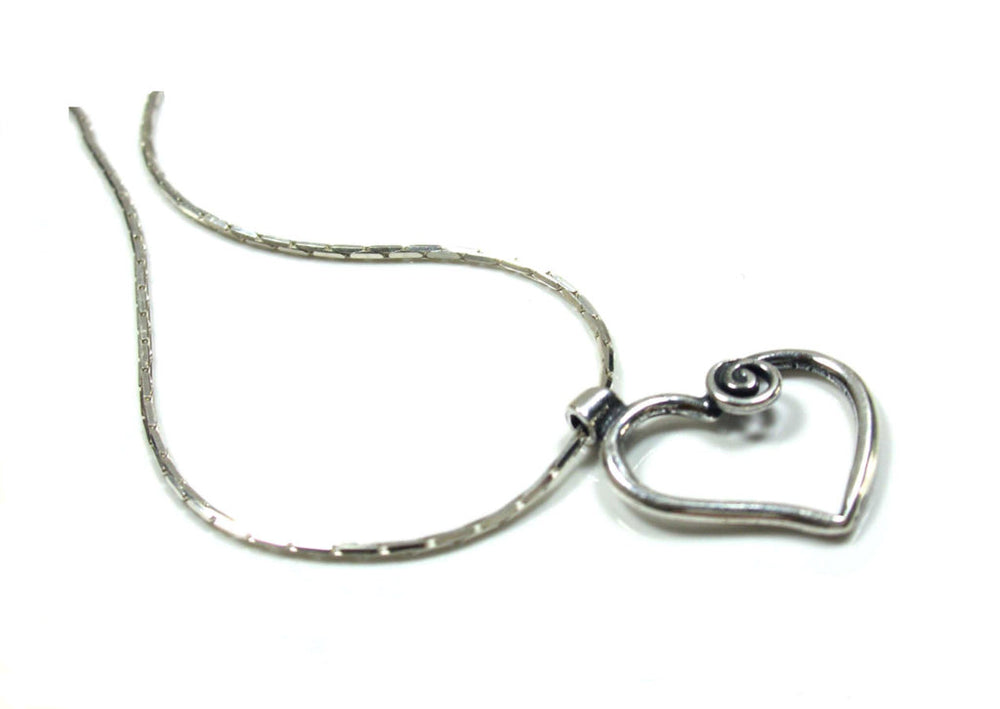 Sterling silver handmade necklace by Lorena Silver Jewellery Necklaces