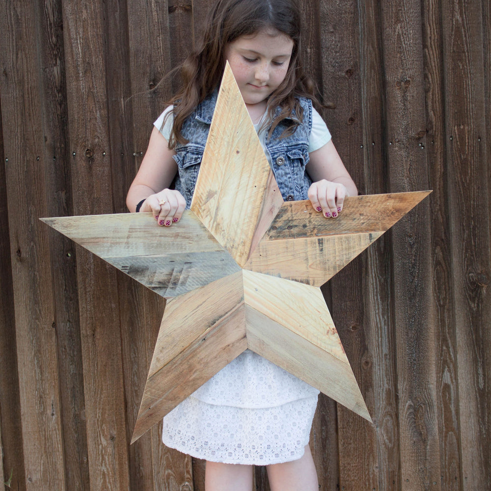 Large Reclaimed Pallet Wood Stars