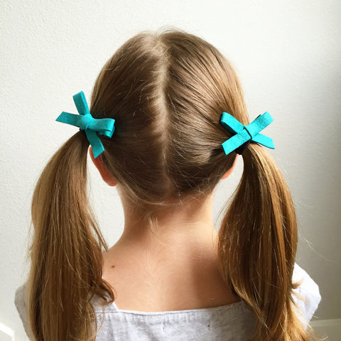 Suede Schoolgirl Bow Pair in Jade