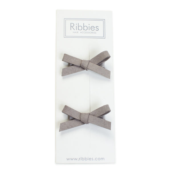 Suede Schoolgirl Bow Pair in Mocha