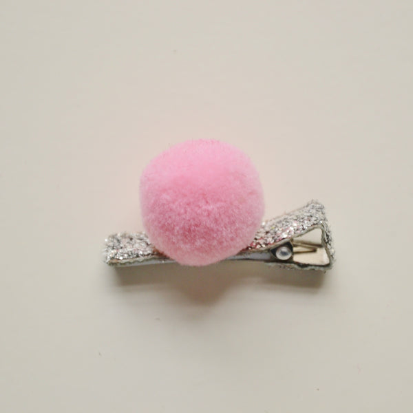 Set of 4 Cachemire Pompoms on Sparkly Hair Clips