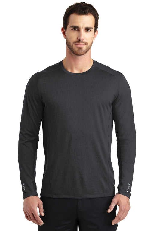 OGIO® ENDURANCE Long Sleeve Pulse Crew. OE321 (Blacktop)