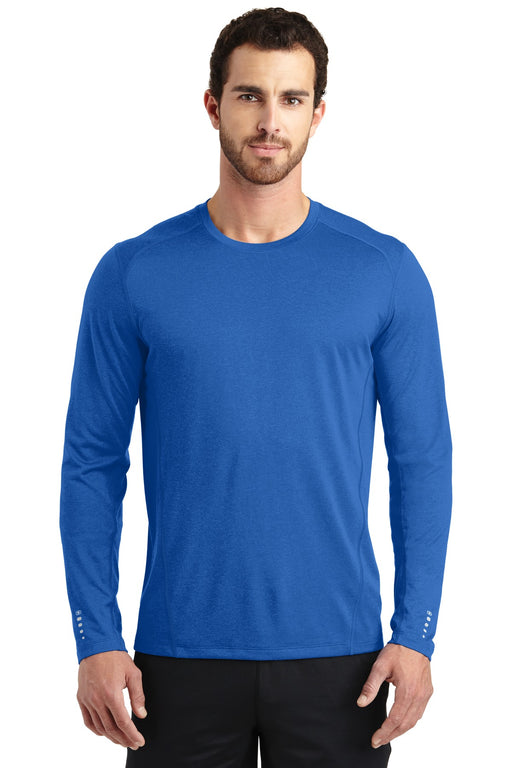 OGIO® ENDURANCE Long Sleeve Pulse Crew. OE321 (Electric Blue)