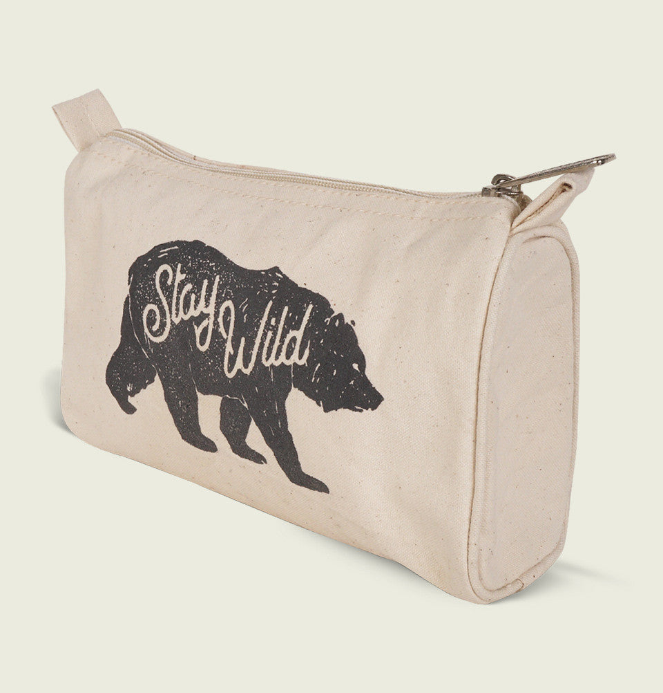 STAY WILD POUCH - t-shirtology - Tees.ca