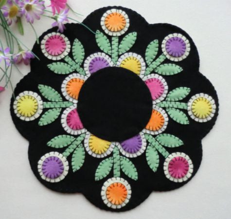 """Penny Posies"" Wool Applique Pattern"