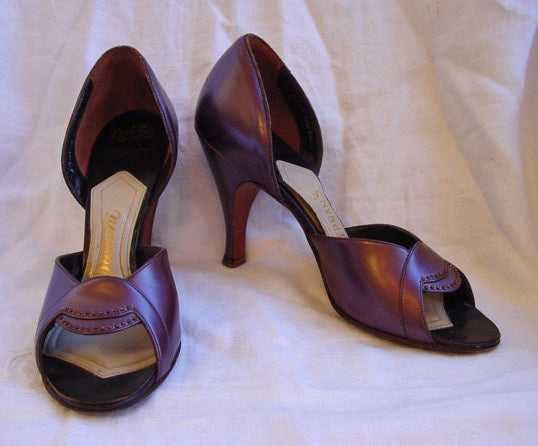 1950s Art Deco Inspired Shoes