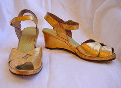 1940s Gold Leather Wedge Shoes