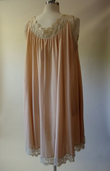 1960s Lucie Ann Nude Nightgown