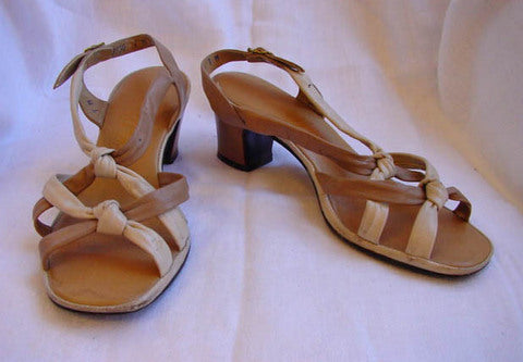 1970s Tan Leather Knot Sandals