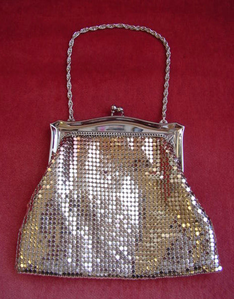 1960s Whiting Davis Silver Mini Mesh Bag