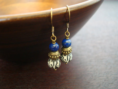Women's Tibetan Lotus Mantra Earrings