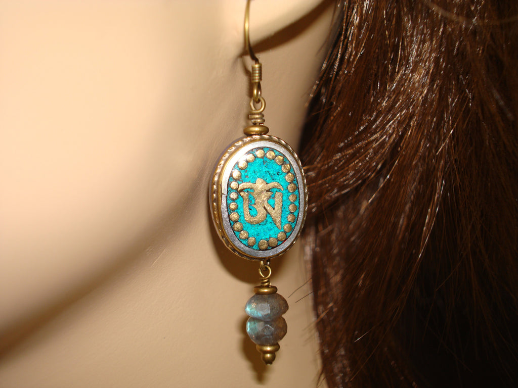 Women's Turquoise Om Labradorite Earrings