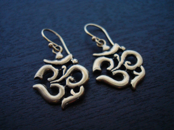 Women's Bronze Om Earrings