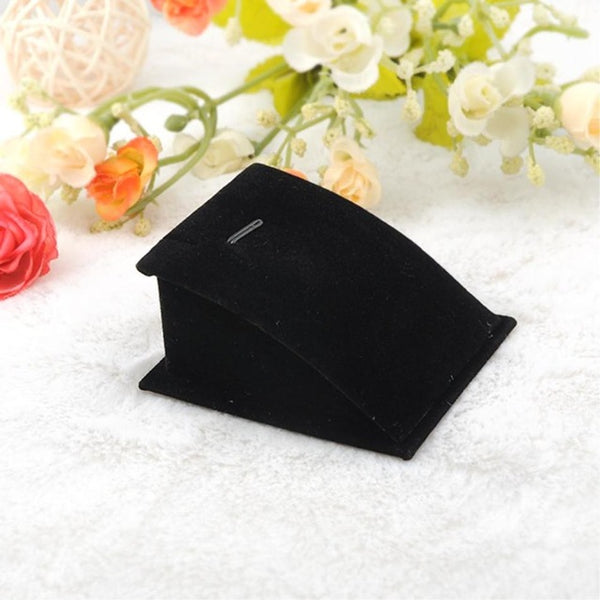 One Piece Jewelry Square-Shape Sloping Display Stand (black/white)