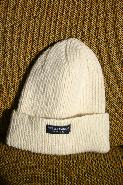 PITBULL MANSION CHUNKY KNIT BEANIE - CREAM