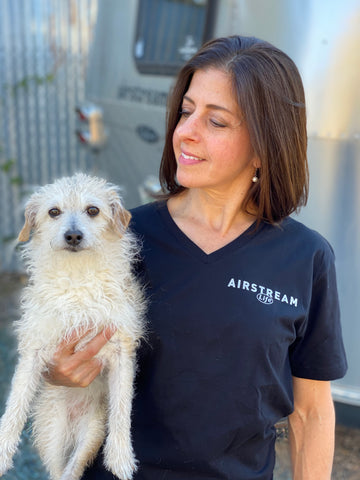 V-Neck Airstream Life t-shirt