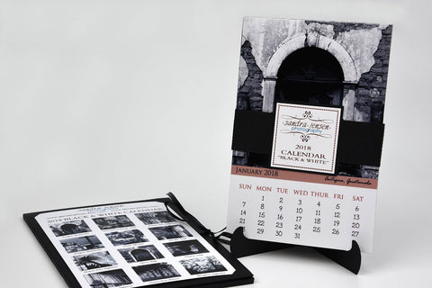 2018 Calendar with Folder and Stand - Black and White