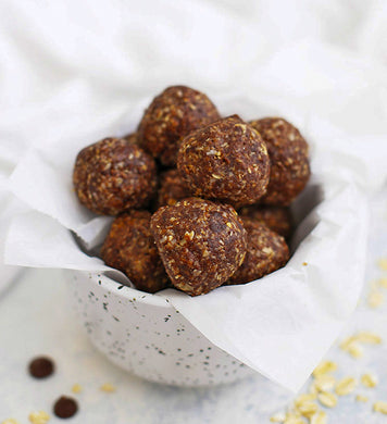 Energy balls with peanut butter & cocoa (GF) *