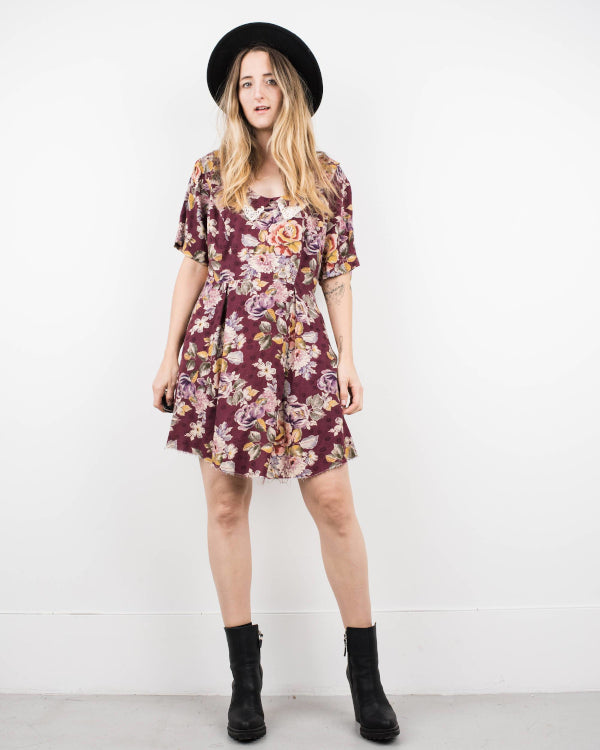 Cute Floral Dress By Closed Caption