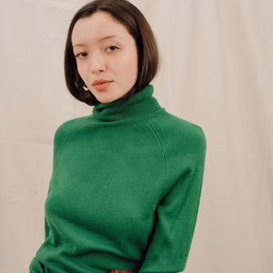 Vintage Grass Green Soft Turtleneck / S/M
