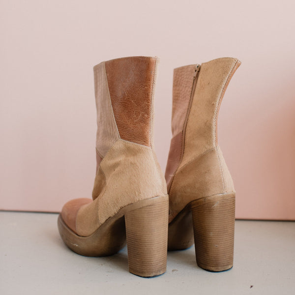 Vintage Beige and Creme Leather Patchwork Platform Boots / 11
