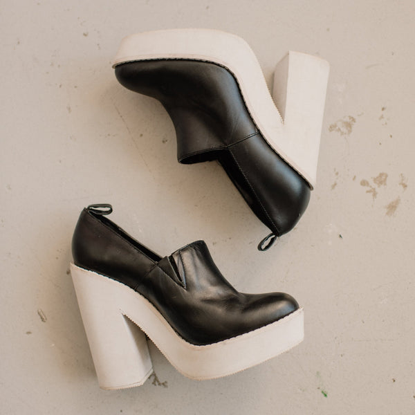 Vintage Black + White Platform Booties / 9