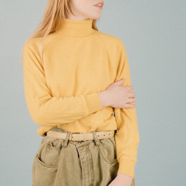 Vintage Canary Yellow Super Soft Turtleneck / S/M