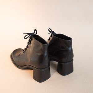 Vintage Black Square Toe Booties / 8.5