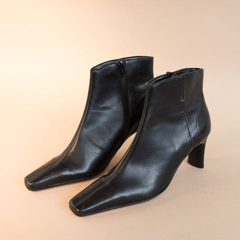 Vintage Vegan Black Booties / 39 (8)