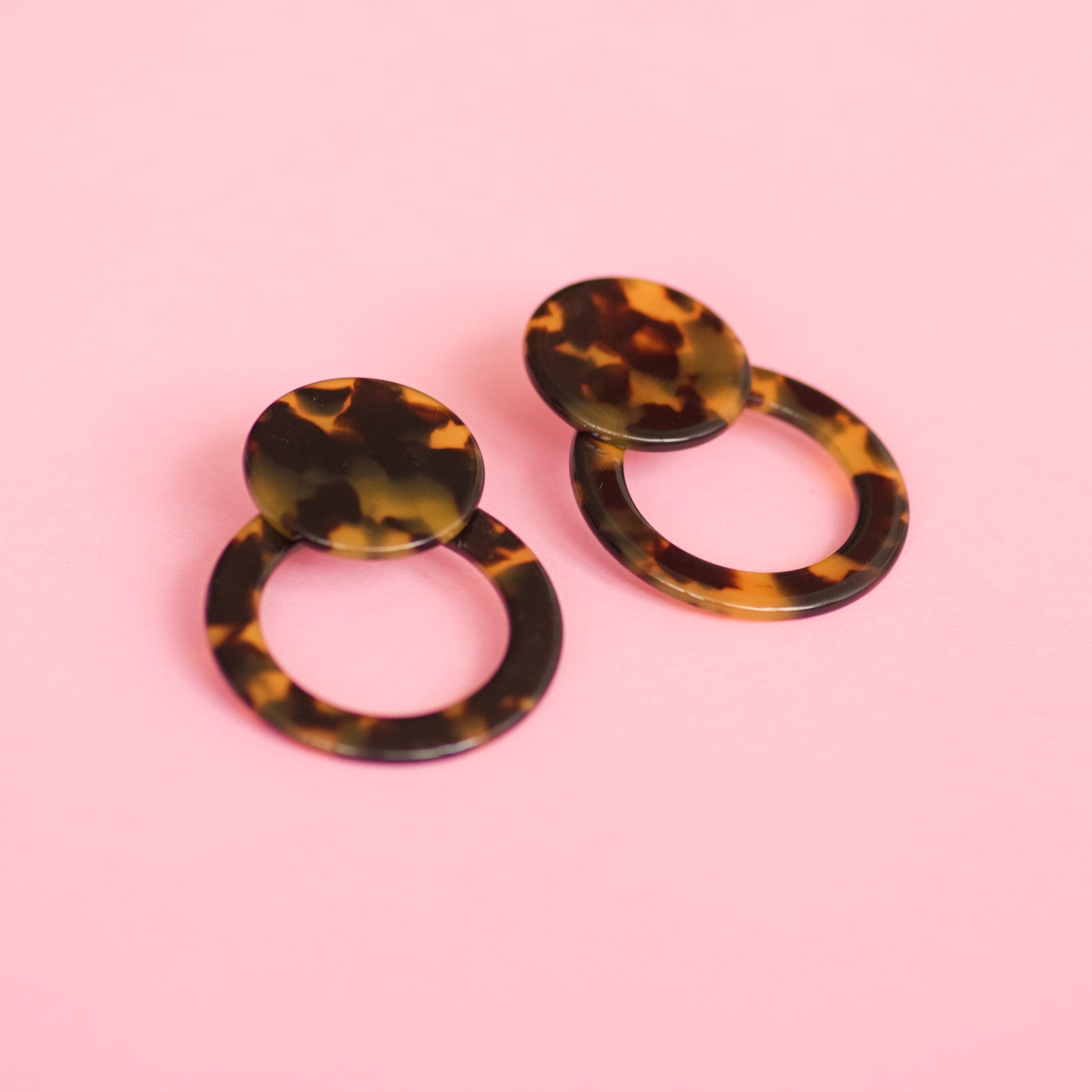 Chocolate Tortoise Double Circle Earrings - Closed Caption