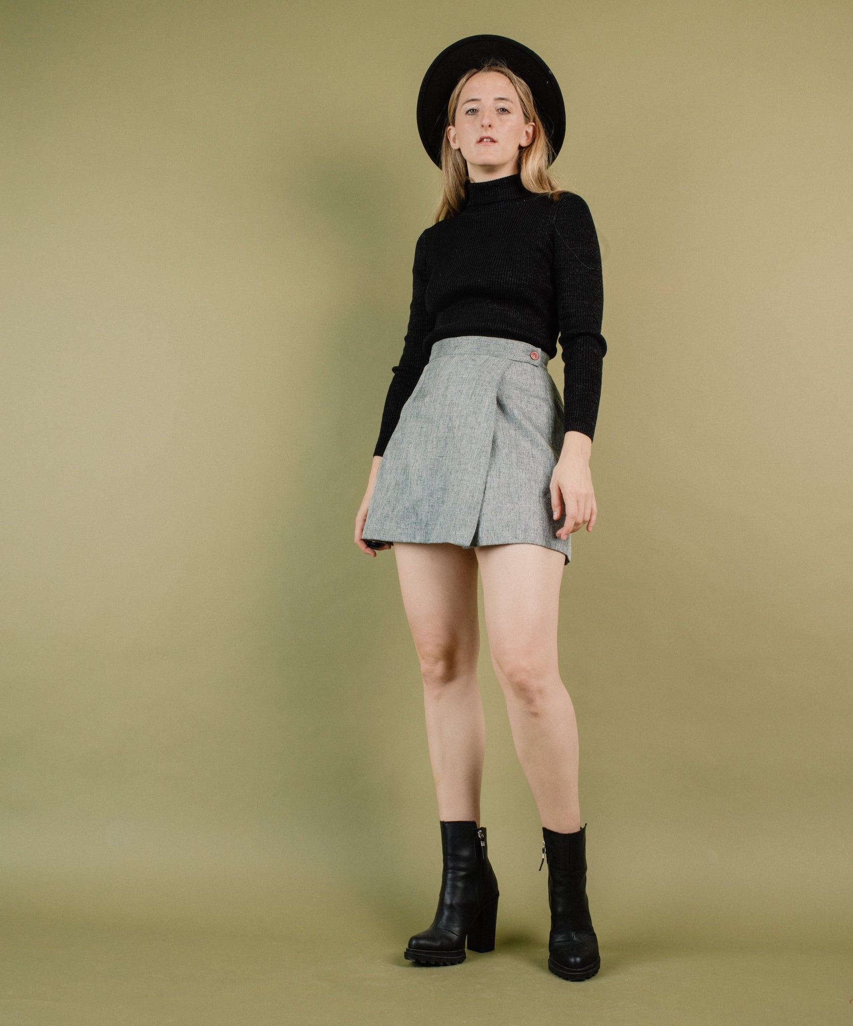 Vintage Grey Tweed Wrap Skirt / S - Closed Caption