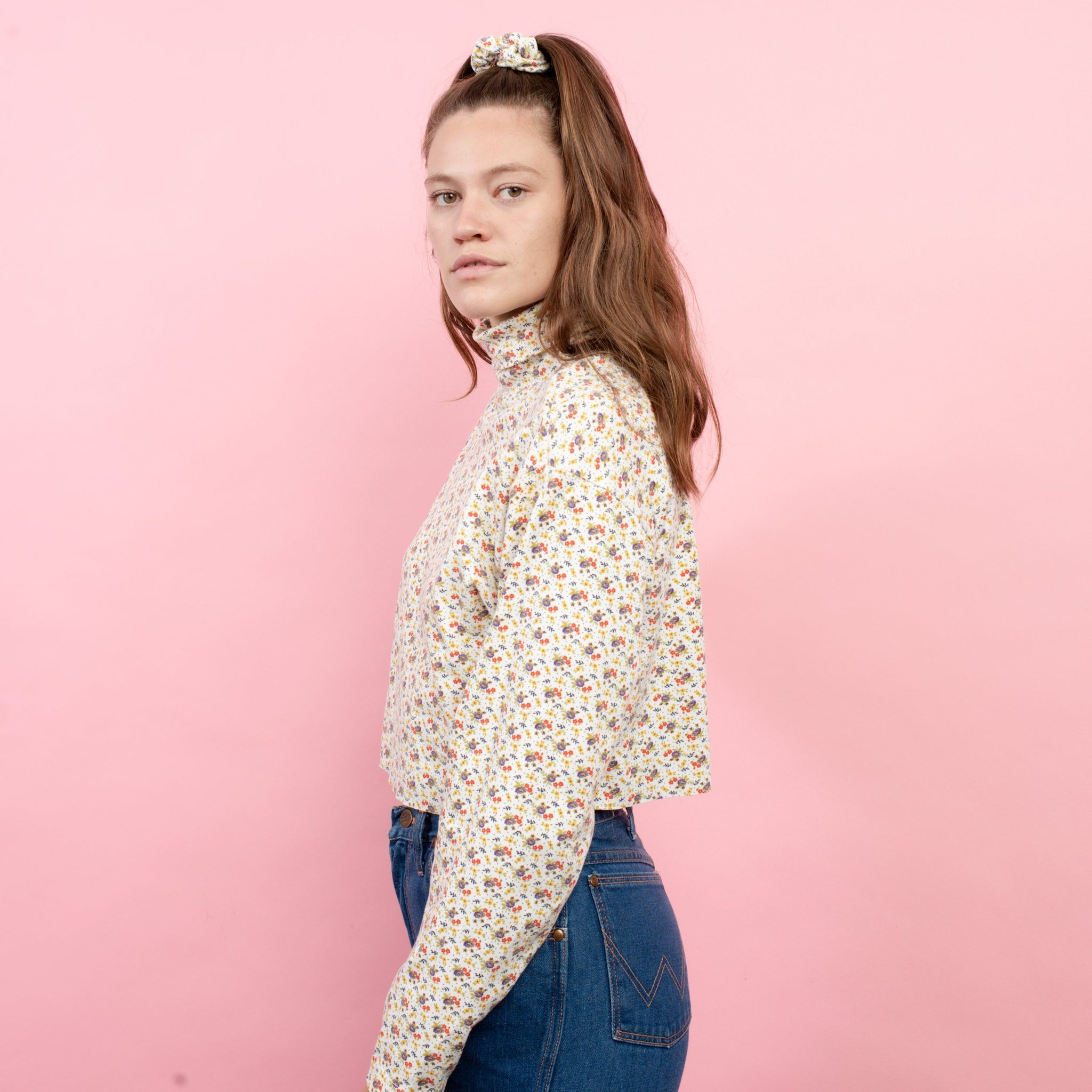 Vintage Floral Cropped Turtleneck  / S/M - Closed Caption