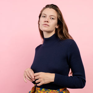 Vintage Navy Ribbed Turtleneck  / S/M - Closed Caption
