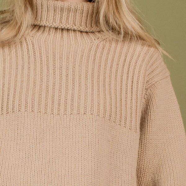 Vintage GAP Chunky Knit Toffee Oversized Turtleneck Wool Sweater / S