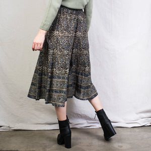 Vintage Obsidian + Almond Paisley High Rise Culottes / M/L