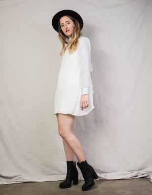 Vintage White Bow Slip Dress / XS/S - Closed Caption