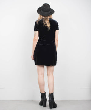 Vintage Onyx Short Sleeve Velvet Dress / S - Closed Caption