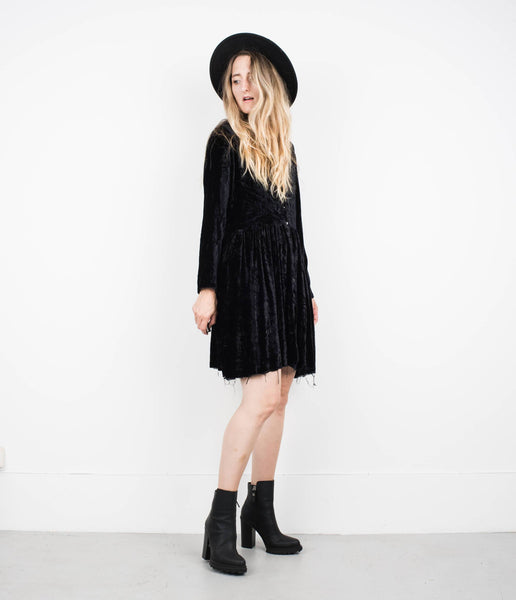 Vintage Black Long Sleeve Crushed Velvet Dress / S