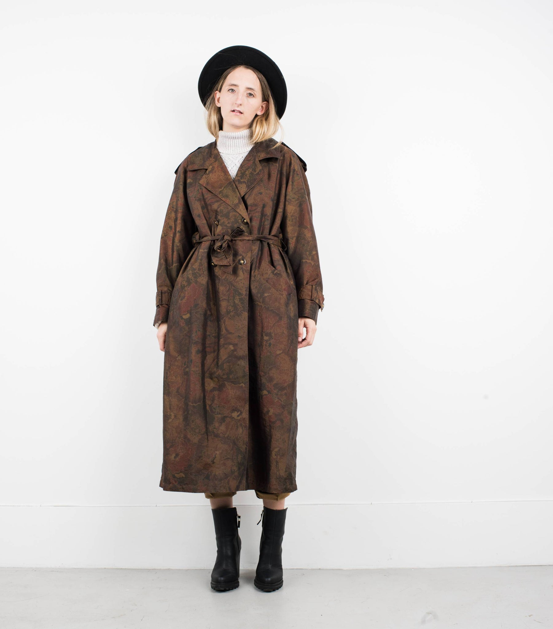 Vintage Gold and Bronze Floral Trench Coat / S - Closed Caption