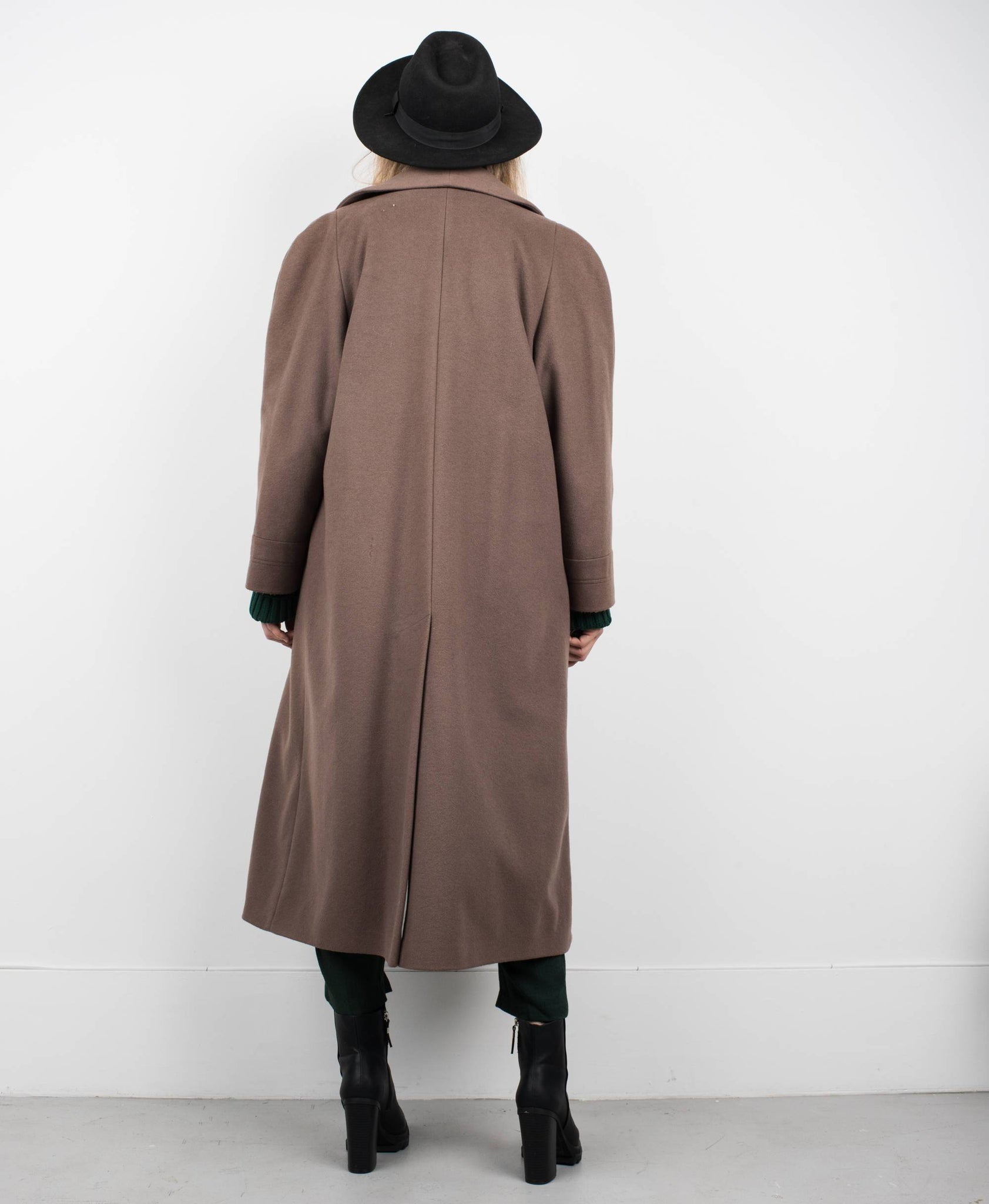 Vintage Cocoa Wool Coat / S/M - Closed Caption