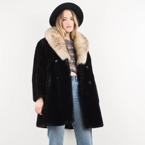 Vintage Black Fur coat with Creme Fur Collar / S