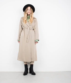 Vintage Super Soft Beige Coat / S - Closed Caption