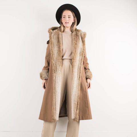 Vintage Cappuccino Coat with Fur Trimming / S/M