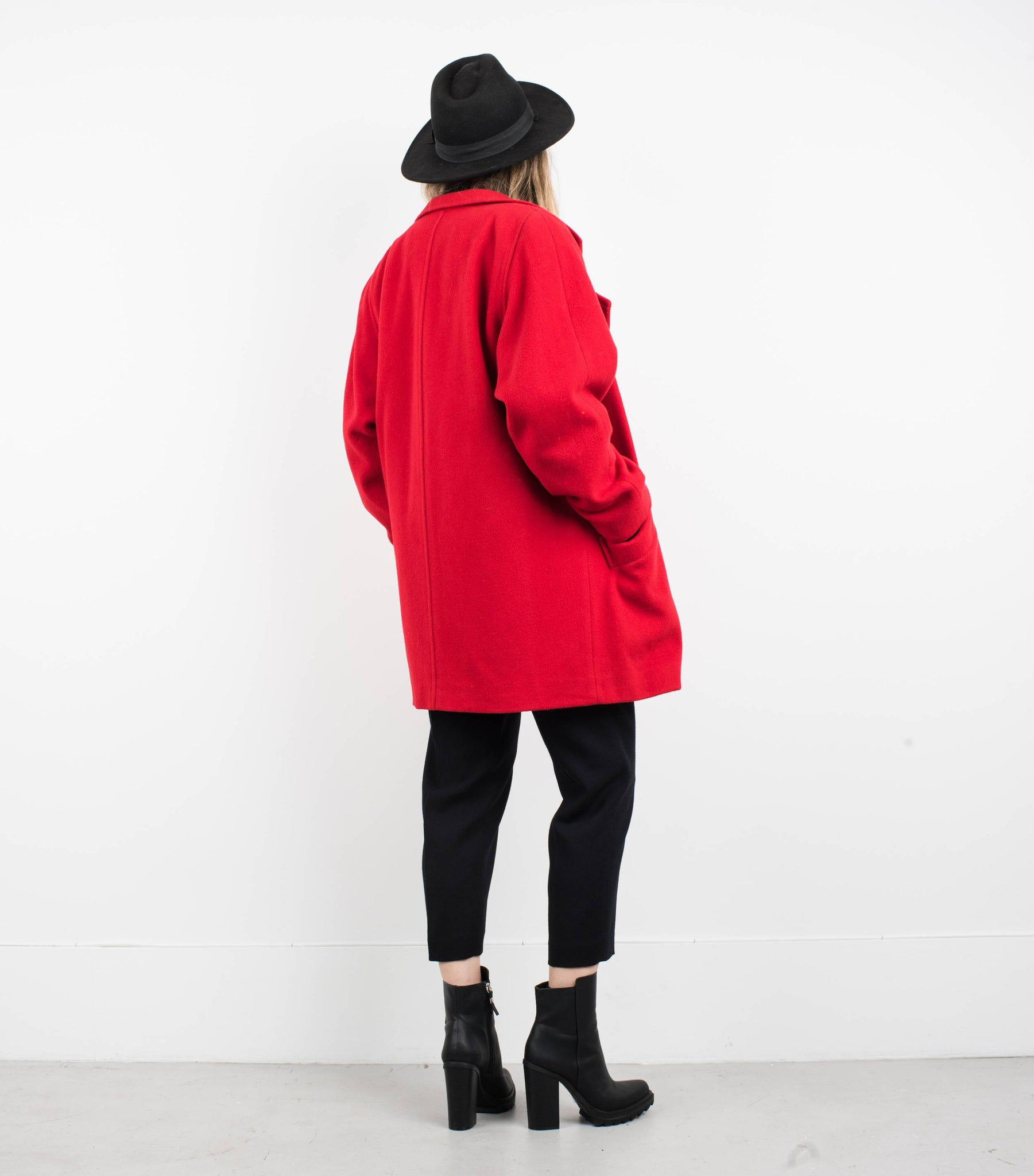 Vintage Red Oversized Wool Blazer / S - Closed Caption