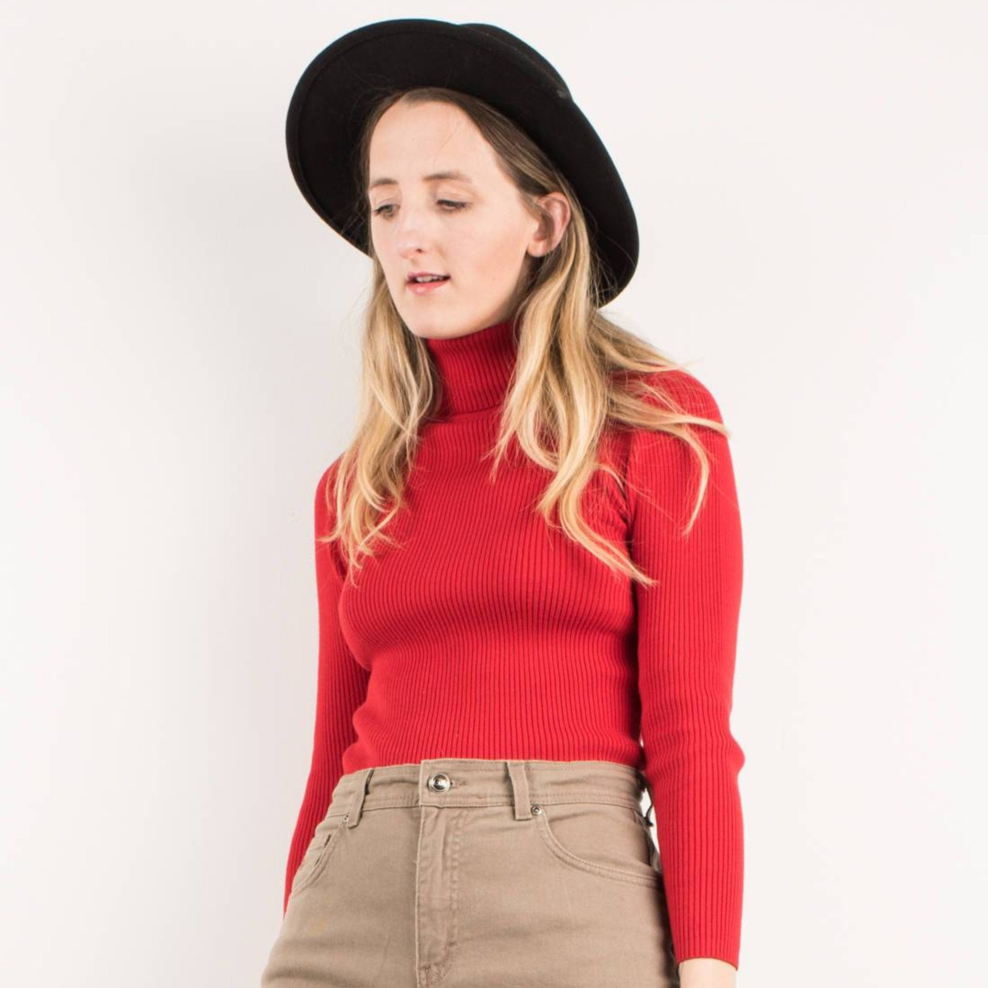 Vintage Red Ribbed Knit Turtleneck Sweater / S