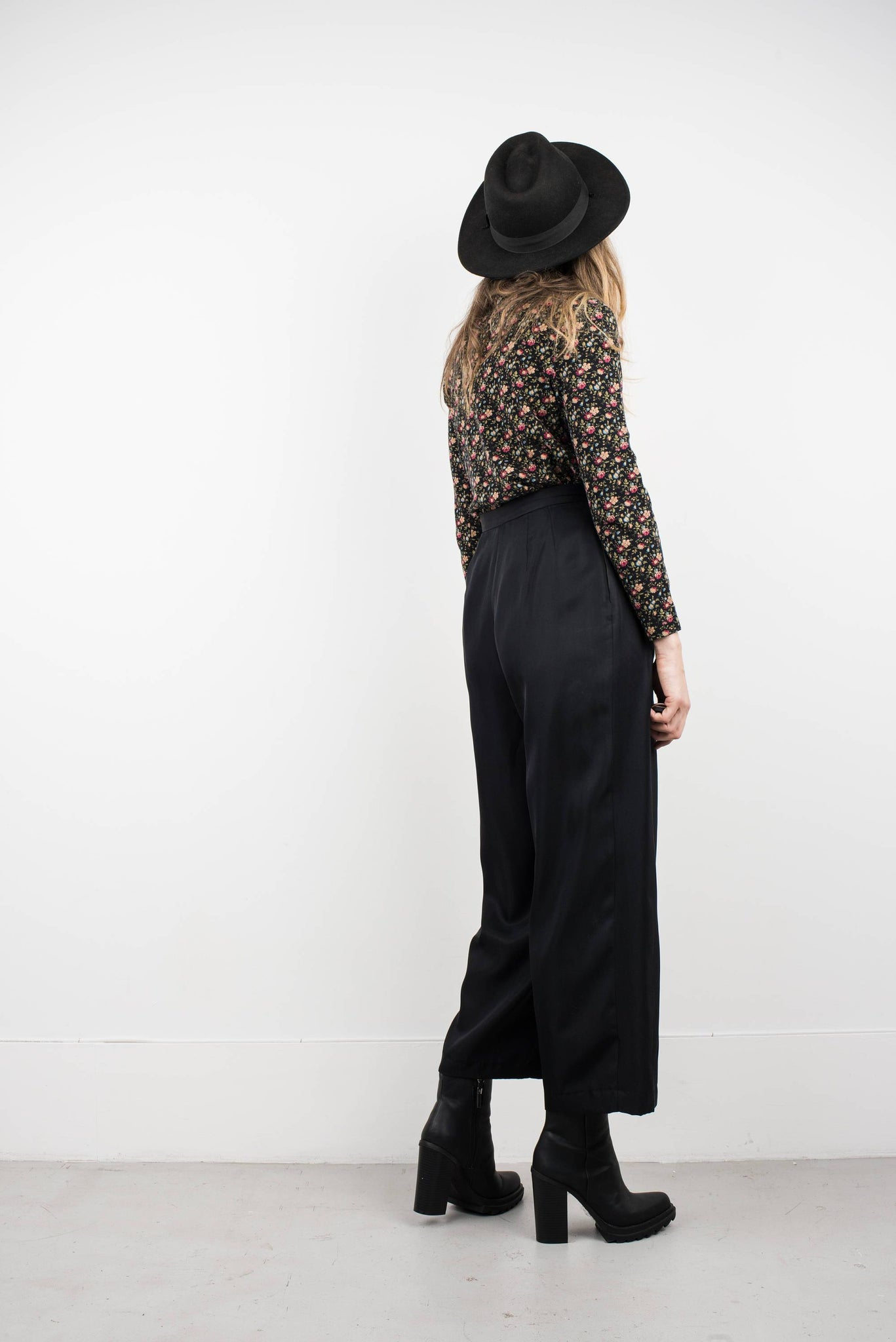 Vintage Black Satin Wide Leg Silk Trousers / S - Closed Caption